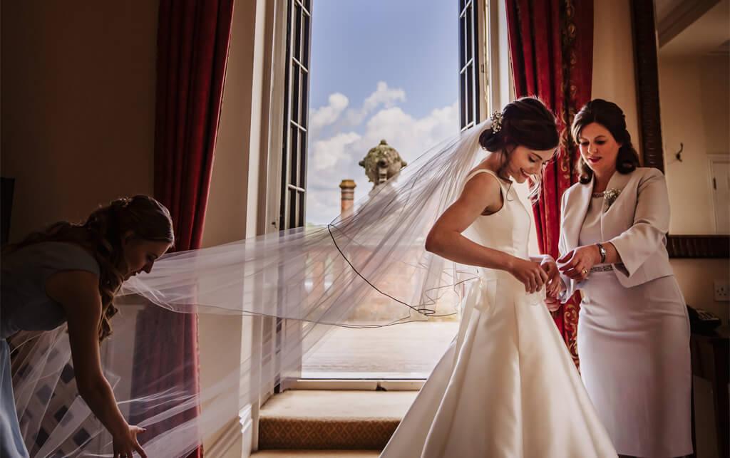 /Weddings/Gallery/suenson-taylor-130-1024x643.jpg
