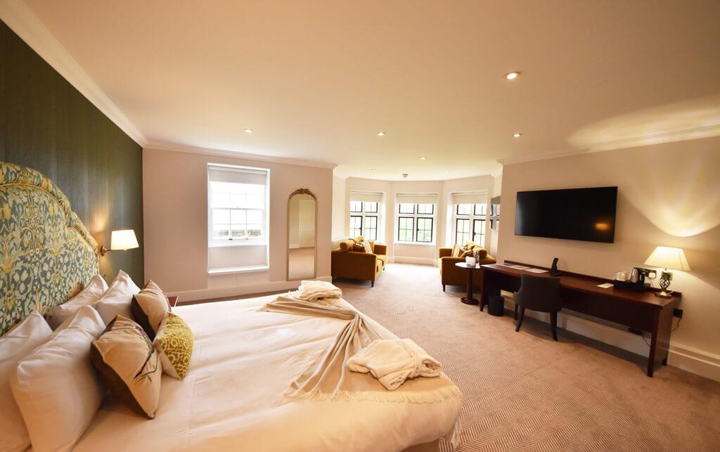 /Rooms/Suites/207-3-Suite-1024x643.jpg